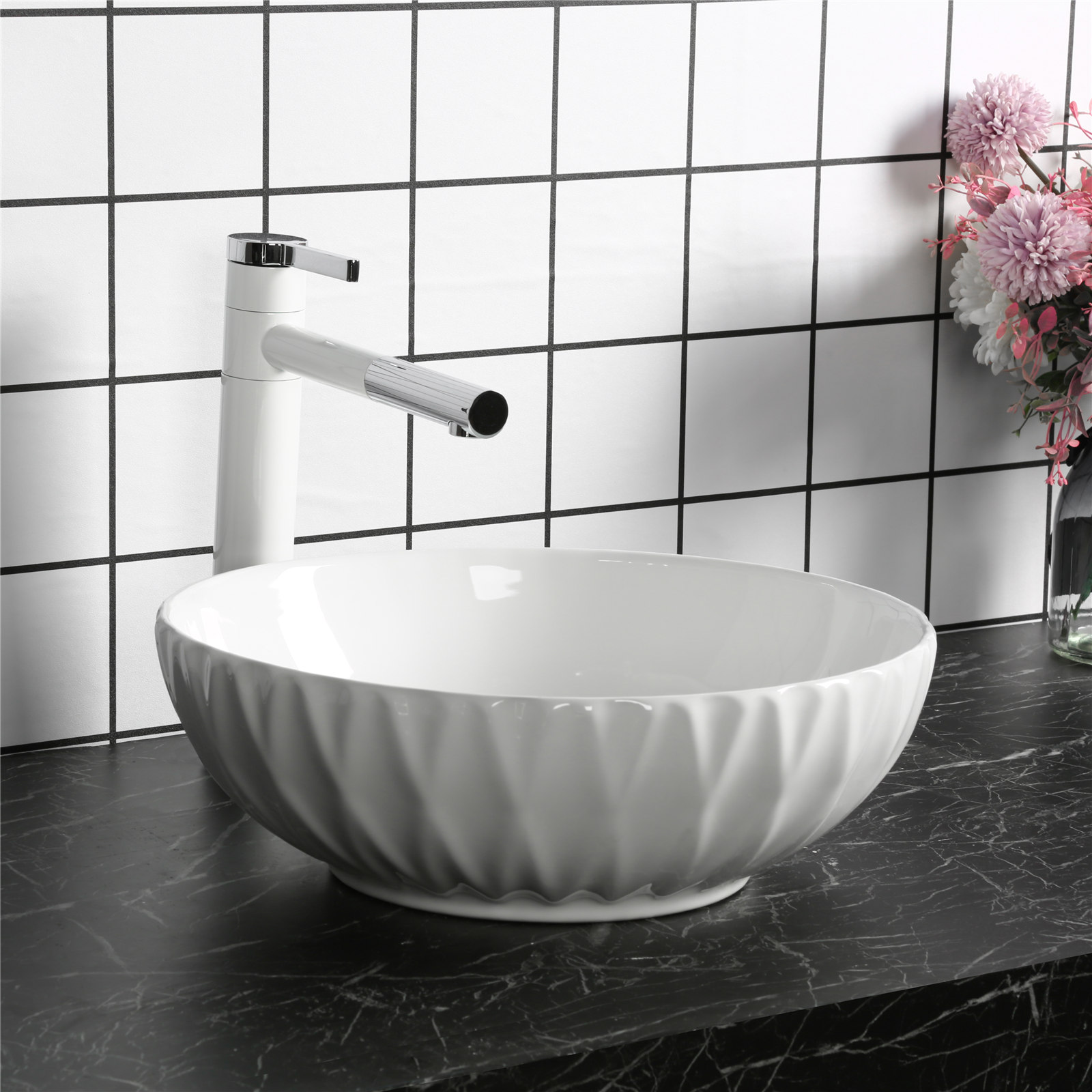 Walk-In Bathtubs - Pros and Cons
